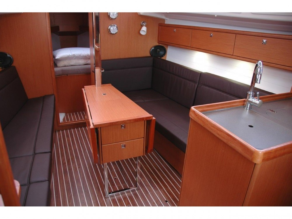 Location yacht à Marina di Portisco - Bavaria Bavaria Cruiser 33 sur SamBoat