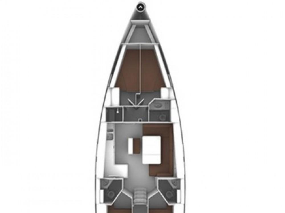 Bavaria Bavaria Cruiser 46 entre particuliers et professionnel à Olbia