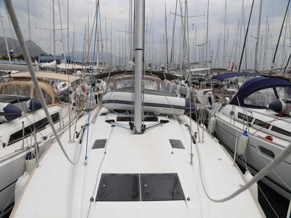 Location bateau Jeanneau Sun Odyssey 479 à Kaštel Gomilica sur Samboat