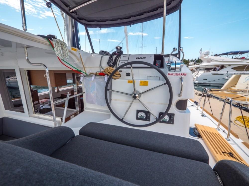 Location Catamaran à Split - Lagoon Lagoon 40