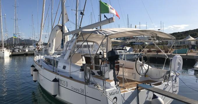 Location yacht à Marina di Portisco - Bénéteau Oceanis 38 sur SamBoat