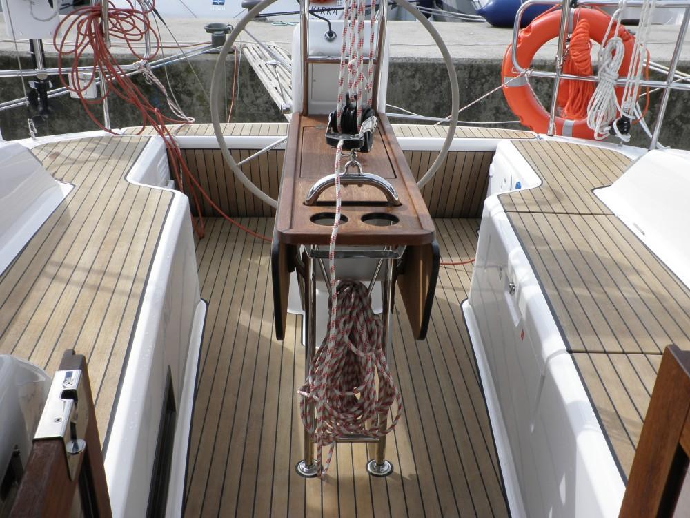 Bavaria Bavaria Cruiser 33 entre particuliers et professionnel à Sukošan