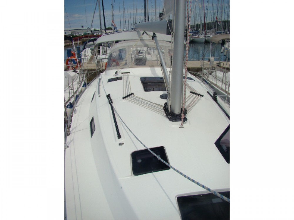 Location bateau Sukošan pas cher Bavaria Cruiser 36