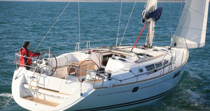 Location bateau Jeanneau Sun Odyssey 44i à Salivoli sur Samboat
