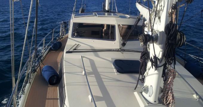 Location bateau Salivoli pas cher Amel Maramu