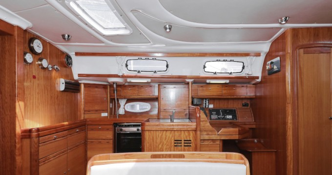 Louez un Bavaria Bavaria 50 Cruiser à Zadar