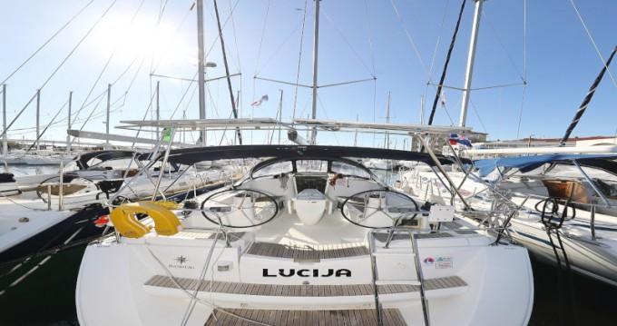 Jeanneau Sun Odyssey 39i entre particuliers et professionnel à Zadar
