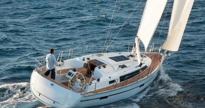 Bavaria Cruiser 37 entre particuliers et professionnel à Port de Lefkada