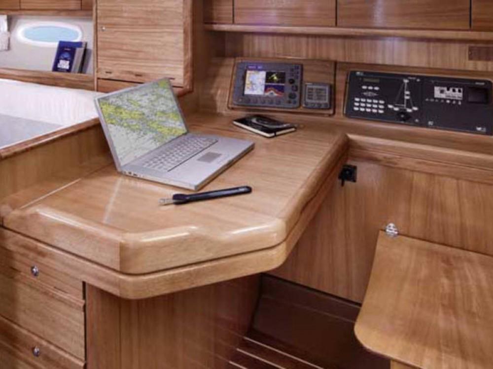 Location yacht à  - Bavaria Bavaria 40 Cruiser sur SamBoat