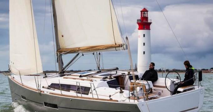 Location bateau Dufour Dufour 382 GL à Lemmer sur Samboat