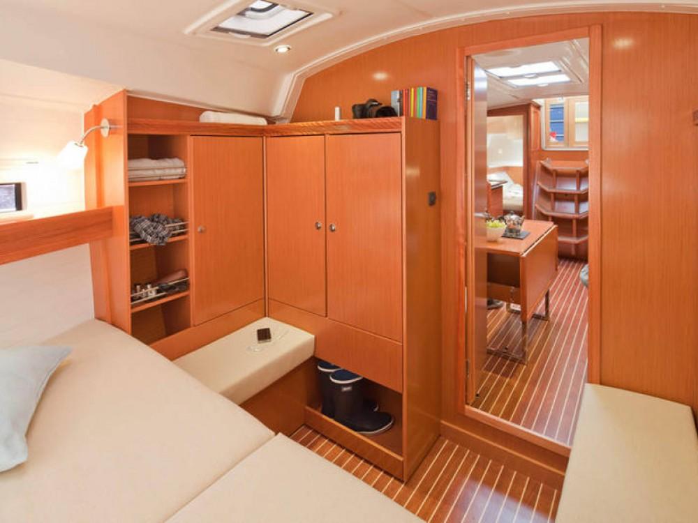 Location yacht à  - Bavaria Bavaria Cruiser 36  sur SamBoat