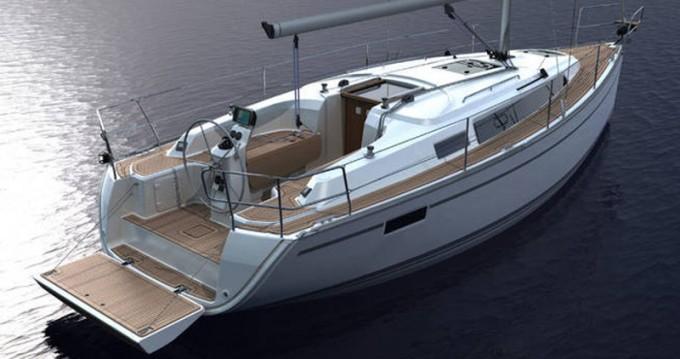 Bavaria Cruiser 33 entre particuliers et professionnel à Lemmer