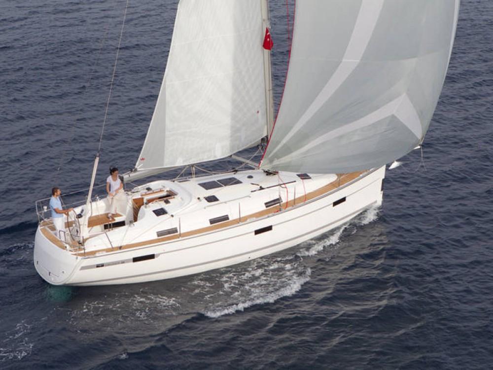 Location Voilier à  - Bavaria Bavaria Cruiser 36