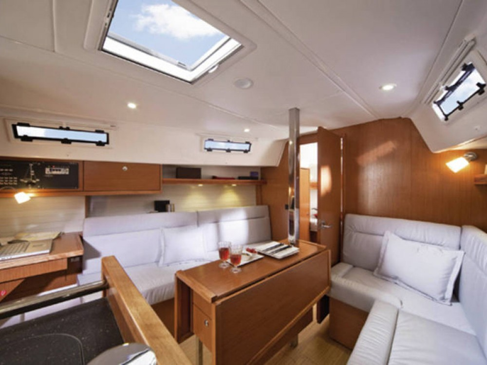 Location bateau De Fryske Marren pas cher Bavaria Cruiser 32