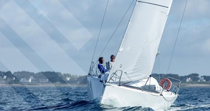 Jeanneau Sun Fast 3200 entre particuliers et professionnel à La Trinité-sur-Mer