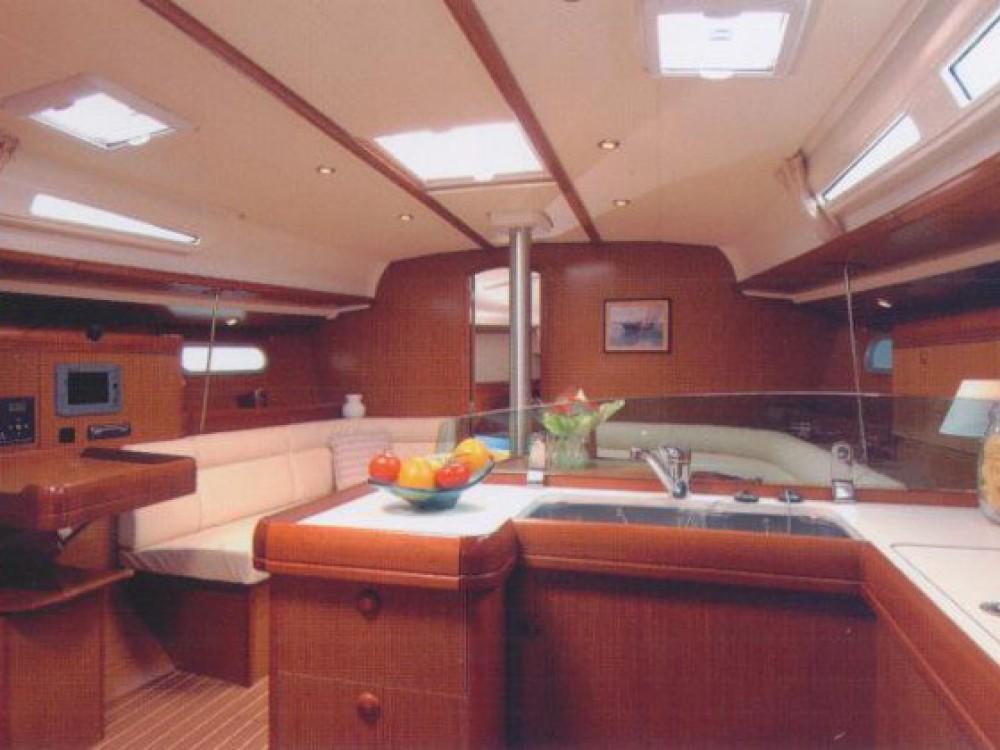 Jeanneau Sun Odyssey 42i entre particuliers et professionnel à Le Marin
