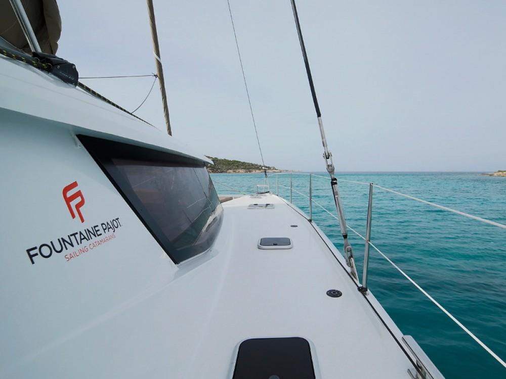 Location Catamaran à Lávrio - Fountaine Pajot Saba 50