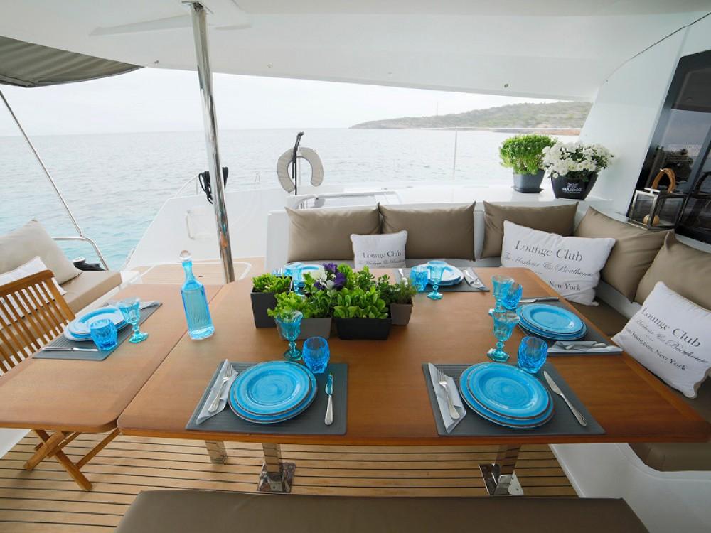 Location yacht à Lávrio - Fountaine Pajot Saba 50 sur SamBoat