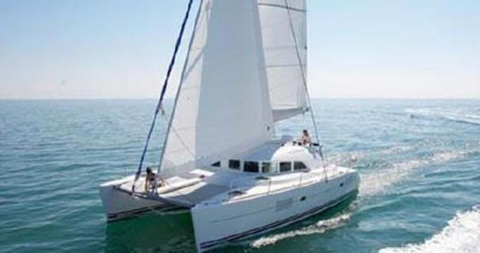 Location Catamaran à Álimos - Lagoon Lagoon 380