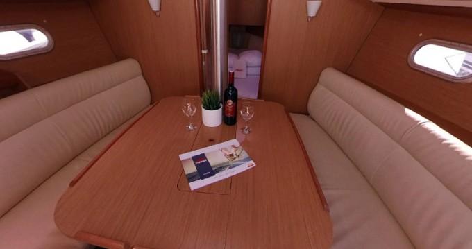 Location bateau Betina pas cher Sun Odyssey 32i