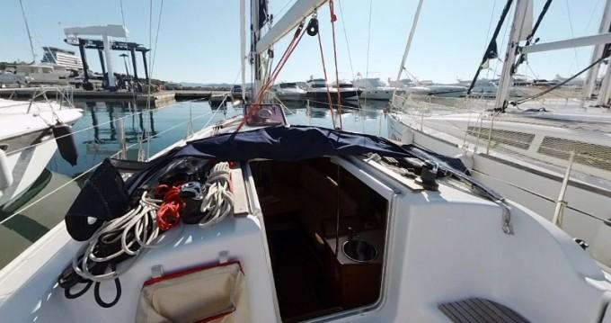 Location bateau Jeanneau Sun Odyssey 32i à Betina sur Samboat
