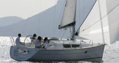 Louez un Jeanneau Sun Odyssey 32i à Betina