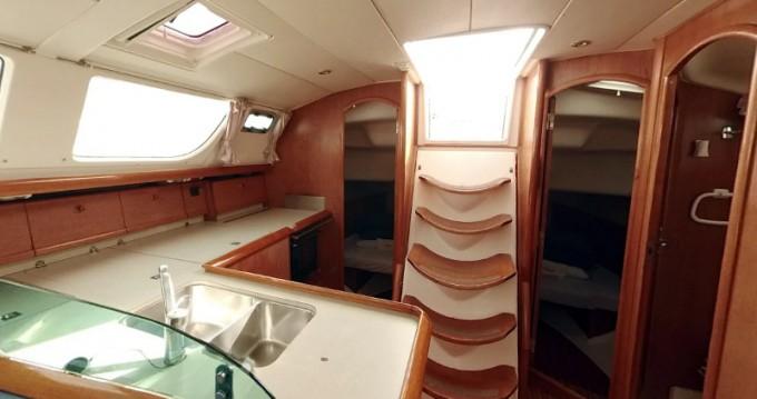 Louez un Jeanneau Sun Odyssey 43DS à Betina