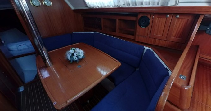 Location bateau Elan Elan 36 à Betina sur Samboat