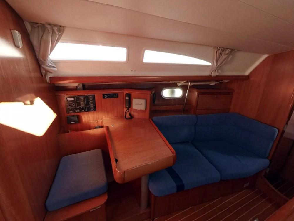 Location bateau Jeanneau Sun Odyssey 37 à Vodice sur Samboat