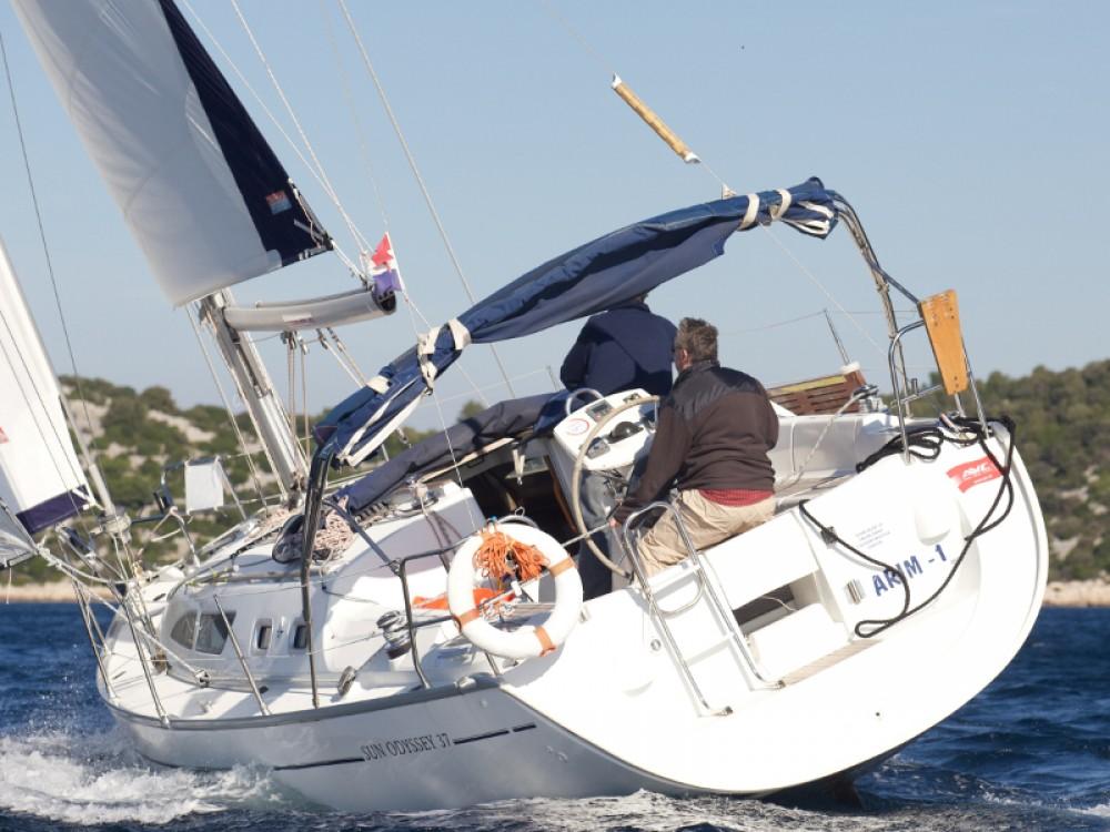 Jeanneau Sun Odyssey 37 entre particuliers et professionnel à Vodice