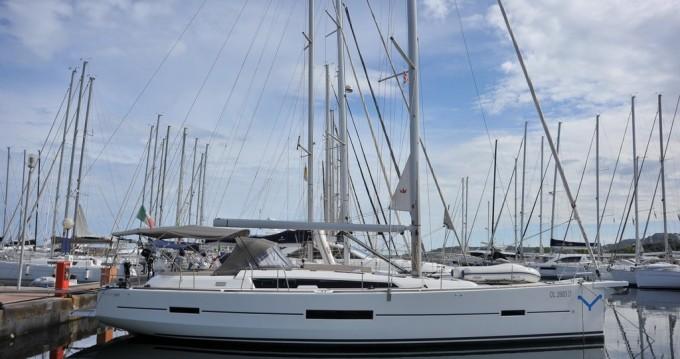 Location bateau Marina di Portisco pas cher Dufour 520 Grand Large