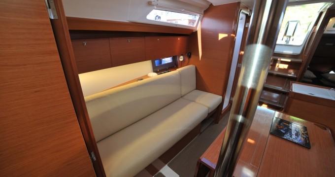 Dufour Dufour 360 Grand Large entre particuliers et professionnel à Marina di Portisco