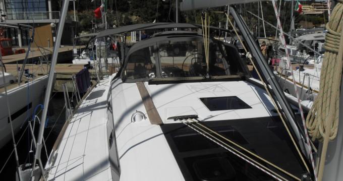 Louez un Dufour Dufour 460 Grand Large 5Cab à Marina di Portisco