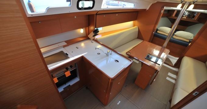 Location yacht à Marina di Portisco - Dufour Dufour 360 Grand Large sur SamBoat