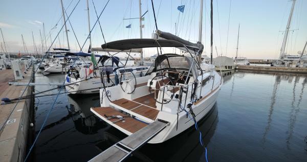 Dufour Dufour 350 Grand Large entre particuliers et professionnel à Marina di Portisco