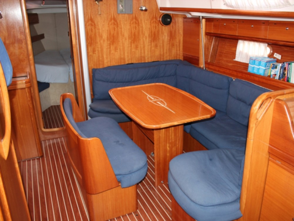Louez un Bavaria Bavaria 46 Cruiser à Fezzano