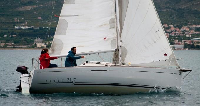 Location bateau Bénéteau First 21.7 à Split sur Samboat