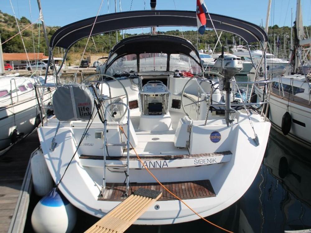 Louez un Jeanneau Sun Odyssey 49i à Skradin