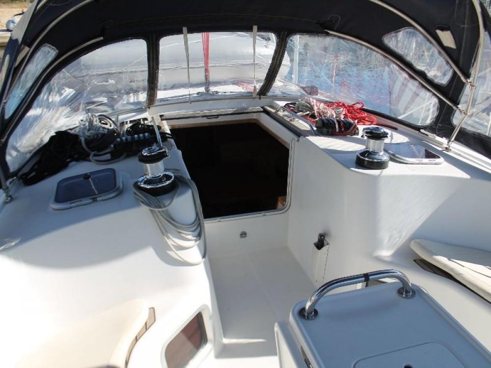 Louer Voilier avec ou sans skipper Jeanneau à Skradin