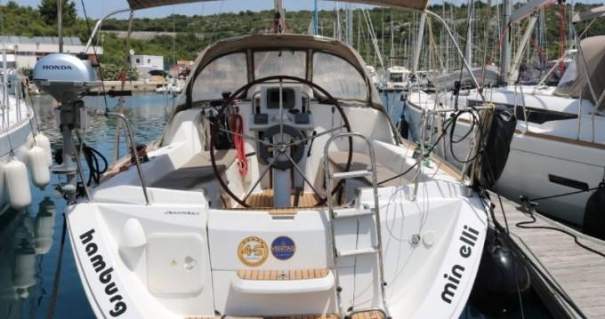 Jeanneau Sun Odyssey 33i entre particuliers et professionnel à Trogir