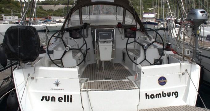 Location bateau Jeanneau Sun Odyssey 389 à Trogir sur Samboat