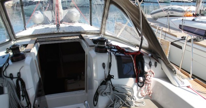 Location bateau Trogir pas cher Sun Odyssey 379