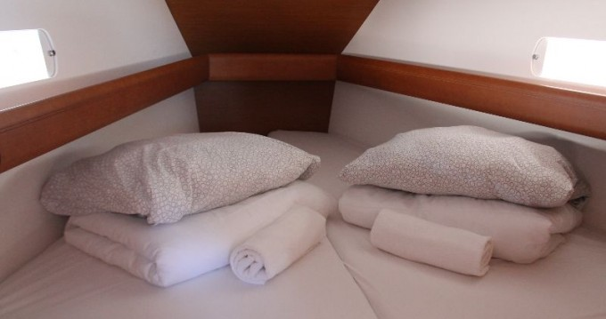 Jeanneau Sun Odyssey 419 entre particuliers et professionnel à Trogir