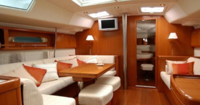 Location bateau Bénéteau Cyclades 50.5 à Álimos sur Samboat