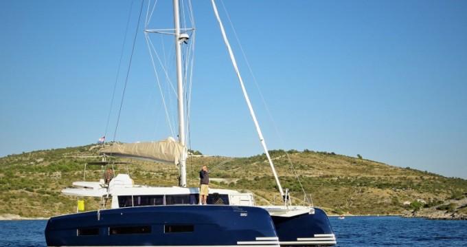 Location bateau Dufour Dufour 48 Catamaran à Dubrovnik sur Samboat