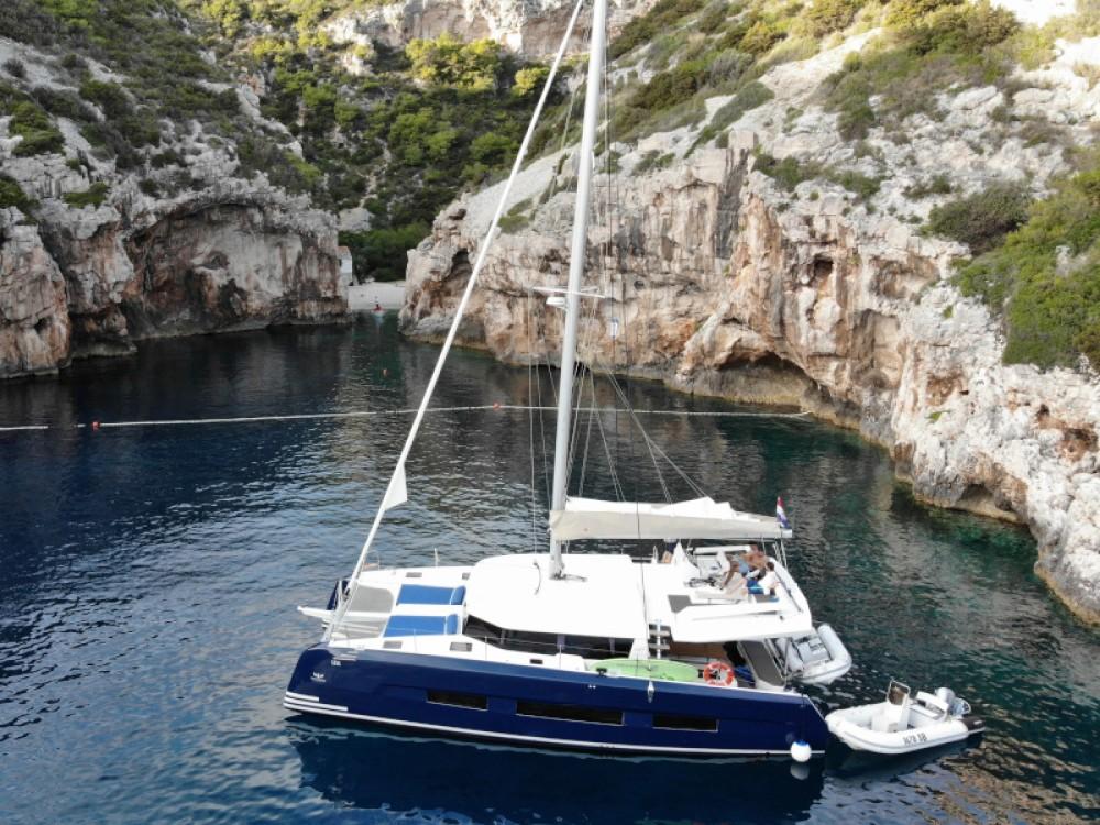 Louer Catamaran avec ou sans skipper Dufour à Primošten