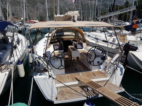 Dufour Dufour 350 Grand Large entre particuliers et professionnel à Dubrovnik
