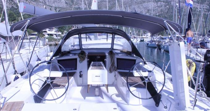 Louez un Dufour Dufour 430 Grand Large à Dubrovnik