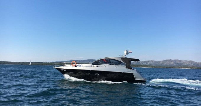 Location bateau  Mirakul 40 à Pirovac sur Samboat