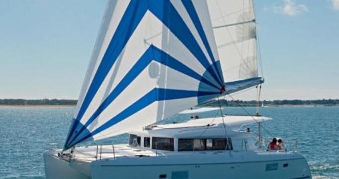 Location bateau Port de Lefkada pas cher Lagoon 421